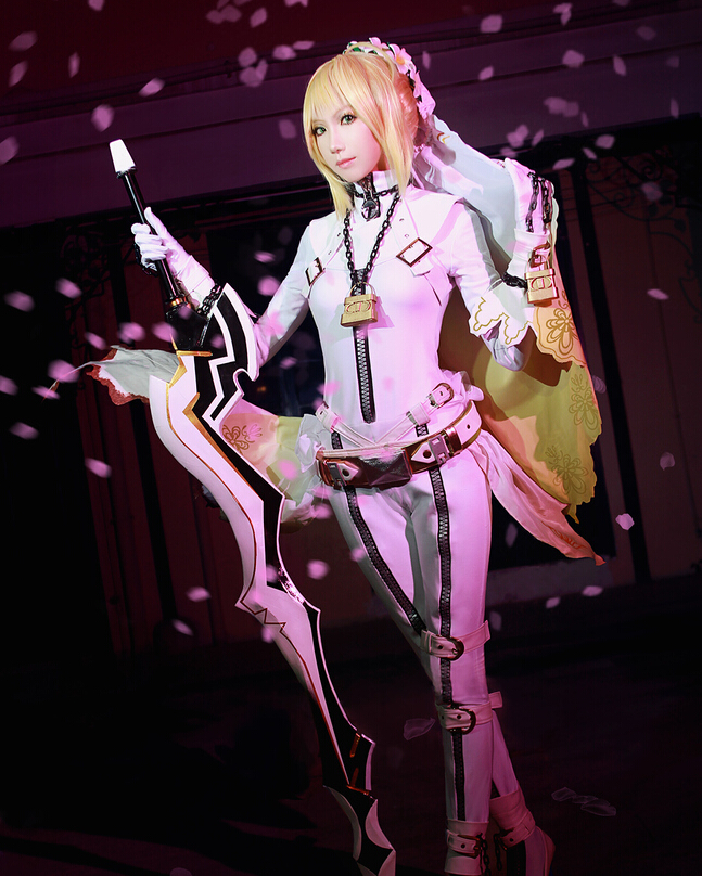 Action figure, cosplay costume, Saber cosplay, Fate stay night
