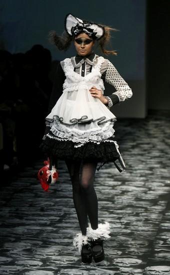 japan_fashion_week_naoto_hirooka04.jpg