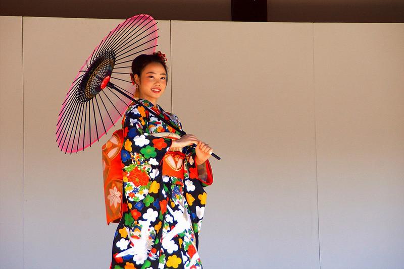 着物で集う園遊会(京小町踊り子隊)-35