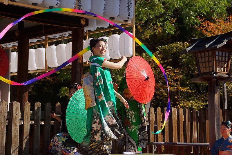 着物で集う園遊会(京小町踊り子隊)-48