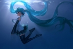 Vocaloid : Hatsune Miku 183838 ahoge blue eyes hair boots headphones microphone skirt smile tie twin tails underwater картинка аниме anime picture