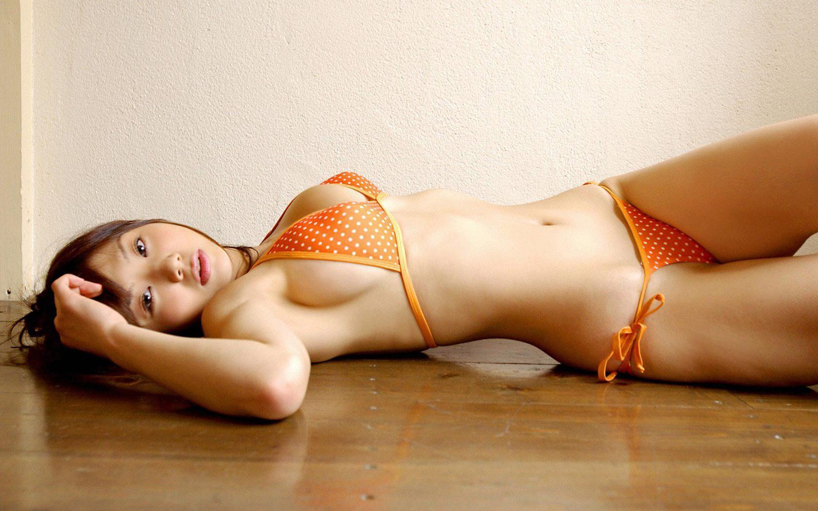 naturist young nudist