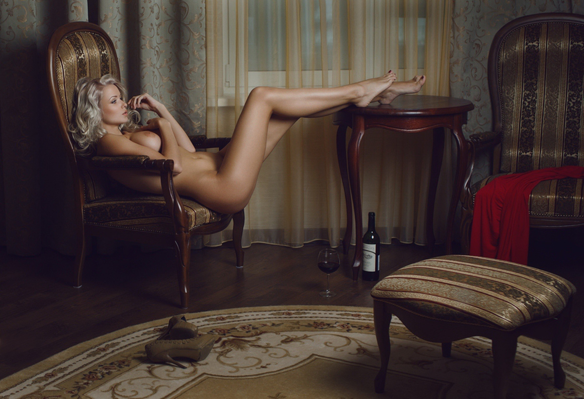 Фото голых одиноки женщин 23 фотография