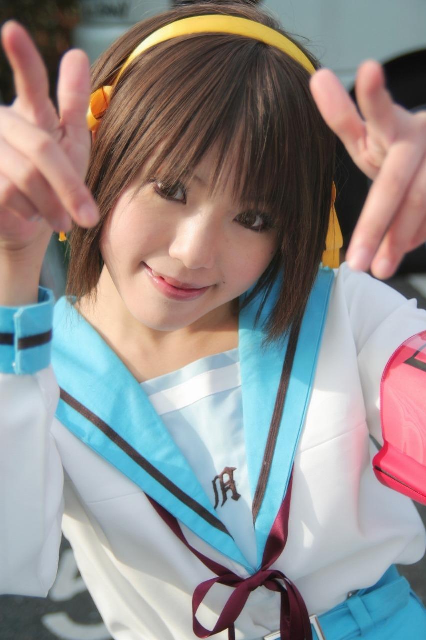 Японки в бассейне 22 фотография