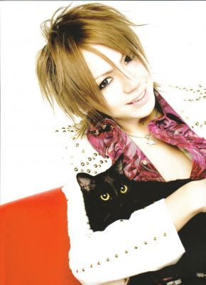Shou (Сё) из Alice Nine 02 Фото и картинки Shou (Сё) из Alice Nine, постеры и обои (photo, pictures, wallpapers, poster).  alice nine alicenine арису  алис найн  элис группа парни shou сё фото картинки постеры обои photo pictures wallpapers poster