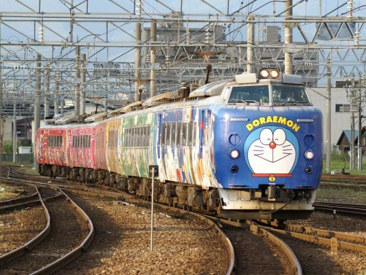 ec781doraemon01 Dora train