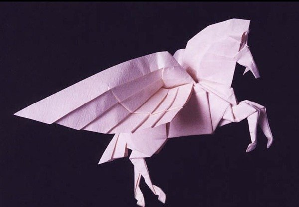Оригами сейчас популярно во