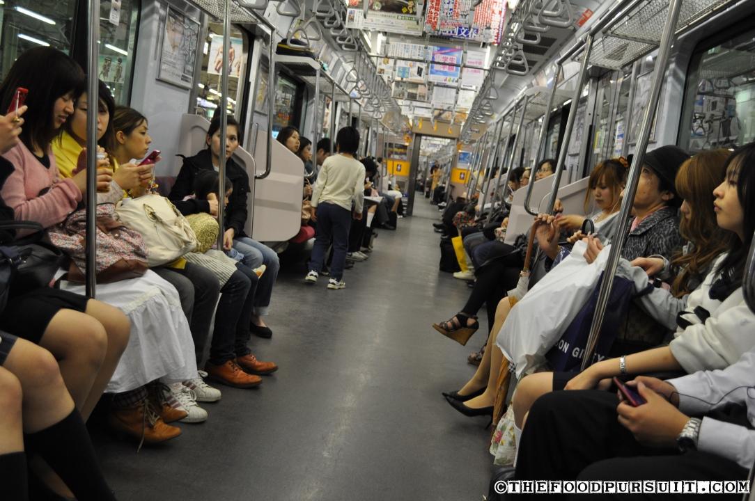 Приставания в транспорте в японии скачать фото 146-751